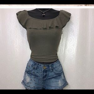 Derek  hear military green Of the shoulders size M